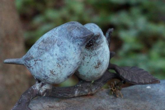 Lovebird Wildlife statue