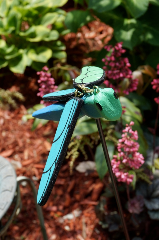 Dragonfly ststue