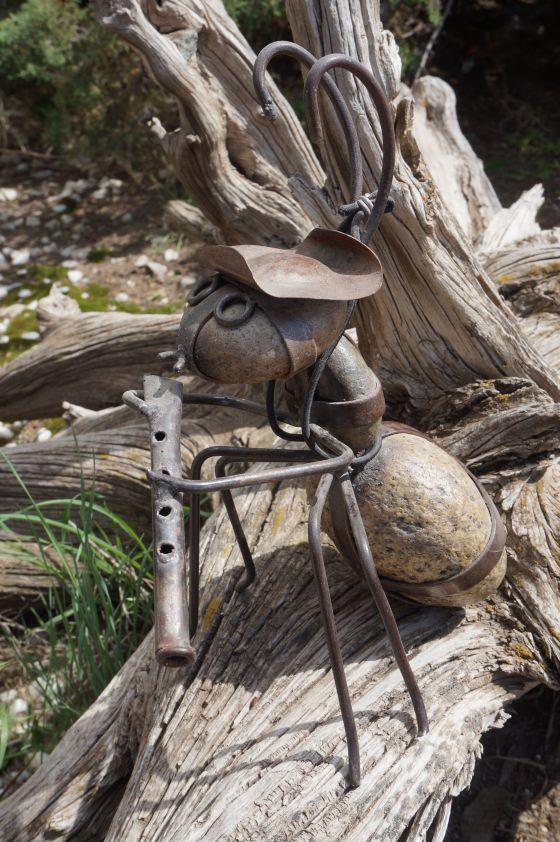 ant statue