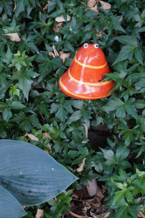 mushroom wildlife statue?