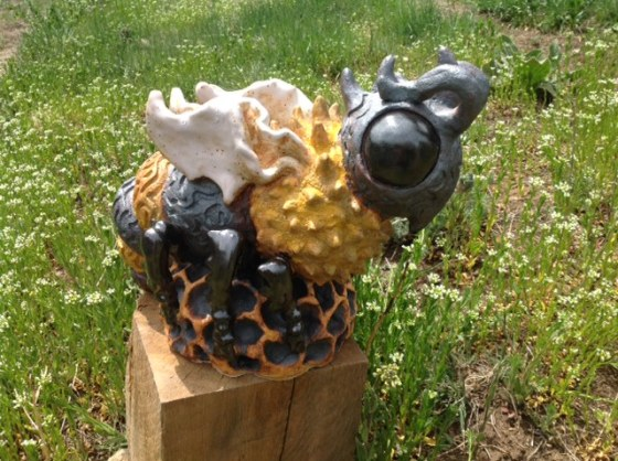 Bee Wildlife statue