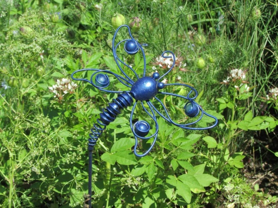 Dragonfly wildlife garden statue