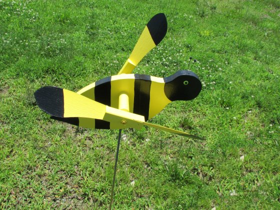 yellow bee wildlife statute